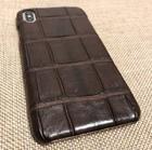 Чехол для iPhone Xs Max из кожи крокодила коричневый